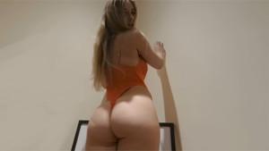 Nudez StripzVR Elle Hunter vr porn video vrporn.com virtual reality