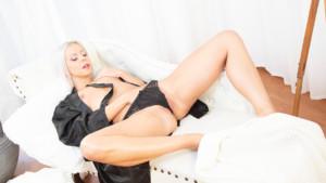 Horny Sleeping Beauty SeduceVR Julia Parker vr porn video vrporn.com virtual reality